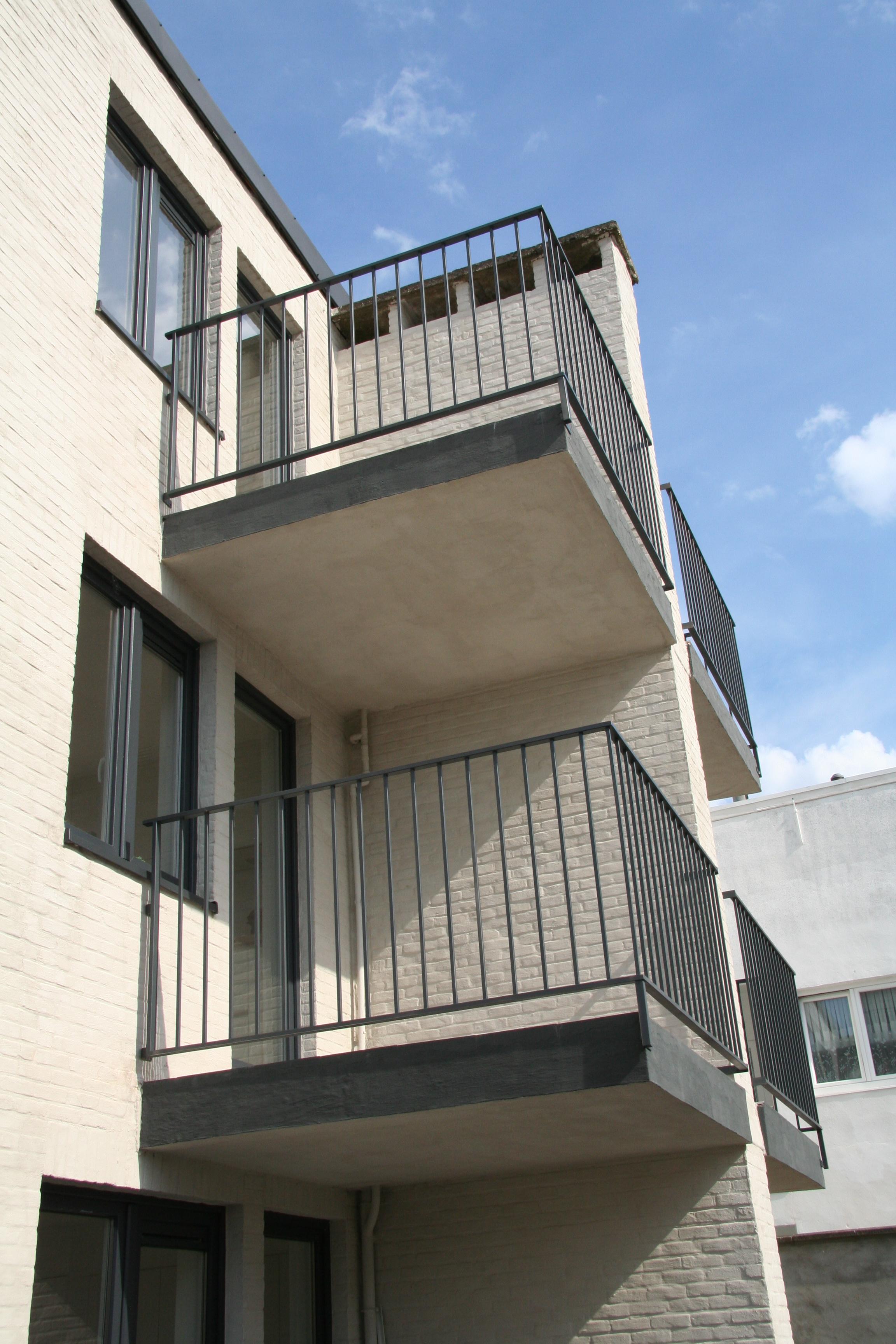 metalen balkonafsluitngen